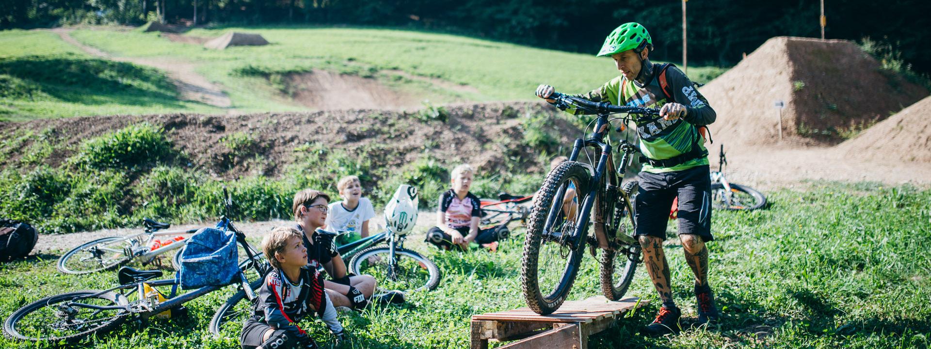 ___header-bikekamp